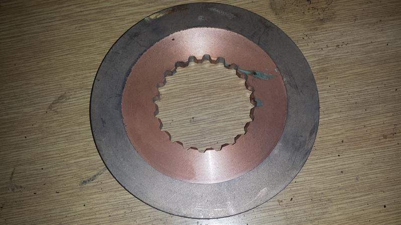 MT8-070-spojková lamela