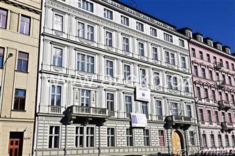 Rekonstrukce domu se špaletovými okny AZ EKOTHERM na Praze 1 ulice Opletalova 39