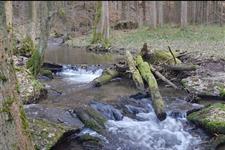 Kousek pod přehradou