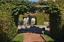 Dolní zahrada