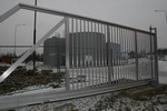 Hliníková samonosná brána